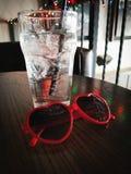 Γυαλί και γυαλιά ηλίου Στοκ Φωτογραφία