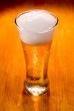 γυαλί μπύρας ανασκόπησης π Στοκ Εικόνες