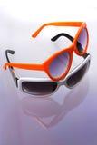 γυαλιά ηλίου δύο Στοκ Εικόνες