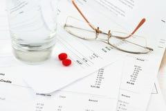 γυαλιά λογαριασμών Στοκ εικόνα με δικαίωμα ελεύθερης χρήσης
