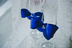 Γυαλιά με τα μπλε τόξα 4602 Στοκ Φωτογραφίες