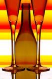 γυαλιά σαμπάνιας μπουκα&l στοκ φωτογραφίες