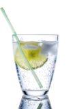 Γυαλί και ασβέστης νερού στοκ εικόνες με δικαίωμα ελεύθερης χρήσης