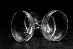 Γυαλιά στις πτώσεις νερού Στοκ Φωτογραφίες
