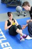 Γυμναστική workout με το βάρος κουδουνιών ettle στοκ φωτογραφία με δικαίωμα ελεύθερης χρήσης