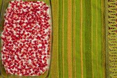 Γυμνό κέικ με τα ρόδια Στοκ Φωτογραφίες