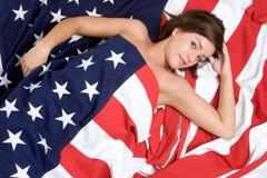 γυναίκα αμερικανικών σημαιών Στοκ φωτογραφία με δικαίωμα ελεύθερης χρήσης