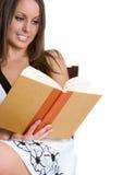 γυναίκα ανάγνωσης βιβλίων Στοκ φωτογραφίες με δικαίωμα ελεύθερης χρήσης