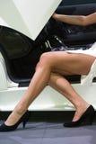 γυναίκα αυτοκινήτων αγγελιών στοκ φωτογραφία με δικαίωμα ελεύθερης χρήσης