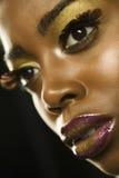 Γυναίκα αφροαμερικάνων με Highfashion Makeup Στοκ εικόνα με δικαίωμα ελεύθερης χρήσης