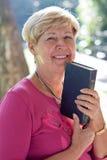 γυναίκα Βίβλων στοκ εικόνες με δικαίωμα ελεύθερης χρήσης