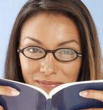 γυναίκα βιβλίων Στοκ Φωτογραφία