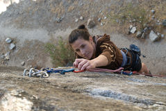 γυναίκα βράχου ορειβατώ&nu Στοκ Φωτογραφίες