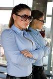 γυναίκα γυαλιών ηλίου κ&alp Στοκ φωτογραφίες με δικαίωμα ελεύθερης χρήσης