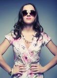 γυναίκα γυαλιών ηλίου Στοκ εικόνα με δικαίωμα ελεύθερης χρήσης