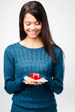 Γυναίκα δώρων ημέρας βαλεντίνων Στοκ Εικόνες