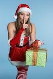 γυναίκα δώρων Χριστουγέννων στοκ εικόνα