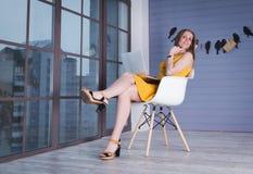 γυναίκα επιχειρησιακών lap-top Στοκ Φωτογραφίες