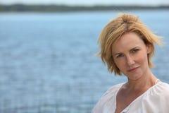 Γυναίκα θαλασσίως Στοκ φωτογραφία με δικαίωμα ελεύθερης χρήσης