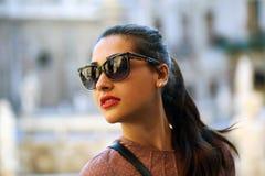 Γυναίκα και γυαλιά Στοκ Εικόνες
