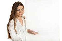 Γυναίκα και λευκιά πινακίδα Στοκ Εικόνες