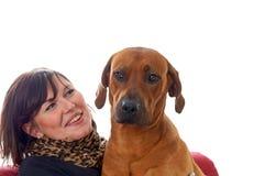 Γυναίκα και σκυλί Στοκ Φωτογραφία