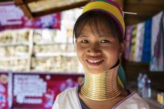 Γυναίκα μακρύς-λαιμών, το Μιανμάρ Στοκ Φωτογραφία