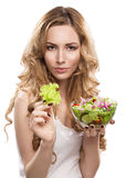 Γυναίκα με τη σαλάτα στοκ εικόνες με δικαίωμα ελεύθερης χρήσης