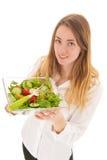 Γυναίκα με τη φρέσκια σαλάτα για τη διατροφή στοκ εικόνες