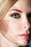 Γυναίκα με τις γεωμετρικές μορφές στο πρόσωπο Στοκ εικόνες με δικαίωμα ελεύθερης χρήσης