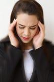 Γυναίκα με τον πονοκέφαλο, αρνητική έκφραση Στοκ εικόνα με δικαίωμα ελεύθερης χρήσης