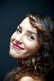 Γυναίκα με το αισθησιακό χαμόγελο Στοκ Φωτογραφία
