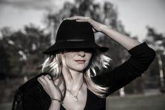 Γυναίκα με το καπέλο Στοκ εικόνα με δικαίωμα ελεύθερης χρήσης