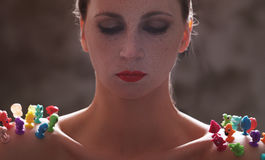 Γυναίκα με το κόκκινο κραγιόν στοκ φωτογραφία