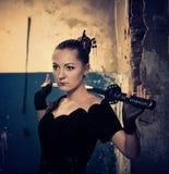 γυναίκα ξιφών Στοκ φωτογραφία με δικαίωμα ελεύθερης χρήσης