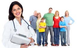 Γυναίκα οικογενειακών γιατρών. Υγειονομική περίθαλψη. στοκ εικόνα