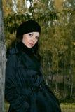 γυναίκα πάρκων 3 φθινοπώρο&upsil Στοκ φωτογραφία με δικαίωμα ελεύθερης χρήσης