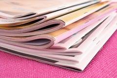 γυναίκα περιοδικών στοκ εικόνες