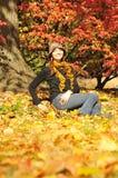 γυναίκα πορτρέτου φθινο&pi Στοκ φωτογραφία με δικαίωμα ελεύθερης χρήσης