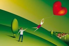 Γυναίκα που επιπλέει μακριά να κρατήσει διαμορφωμένο το καρδιά μπαλόνι Στοκ εικόνα με δικαίωμα ελεύθερης χρήσης