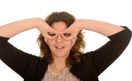Γυναίκα που κάνει eyeglasses χεριών στοκ φωτογραφίες με δικαίωμα ελεύθερης χρήσης