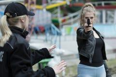 Γυναίκα που πηγαίνει να σκοτώσει κάποιο Στοκ Εικόνες