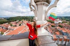 Γυναίκα που ταξιδεύει σε Vilnius Στοκ Φωτογραφία