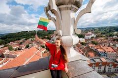 Γυναίκα που ταξιδεύει σε Vilnius Στοκ Εικόνα