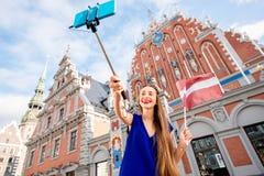 Γυναίκα που ταξιδεύει στη Λετονία Στοκ Εικόνα
