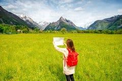 Γυναίκα που ταξιδεύει στη Σλοβενία στοκ εικόνες