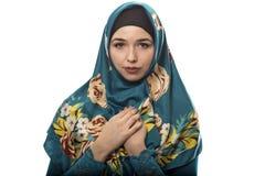 Γυναίκα που φορά πράσινο Hijab Στοκ Φωτογραφίες