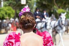Γυναίκα που φορά το ισπανικό flamenco φόρεμα Στοκ Φωτογραφία