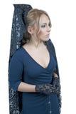 Γυναίκα που φορά το κάλυμμα Στοκ Εικόνες