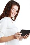 Γυναίκα που χρησιμοποιεί την ταμπλέτα Στοκ Εικόνα